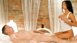 Victoria returns to the table, this time to luxury and satisfy a golden MassageRooms.com client! He's