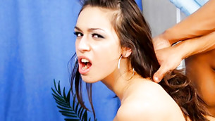 Sinful babe lets an insanely turned on and sinewy man screw her hard
