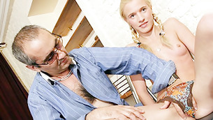 Blonde spreads her legs and gets her beseeching hairless fanny nailed
